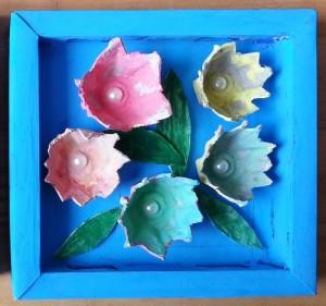 paveikslas su gėlėmis