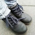 batai su raistukais